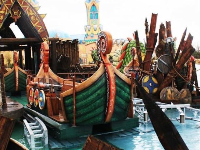 Rat piratskih brodova (foto: Rainbow MagicLand)