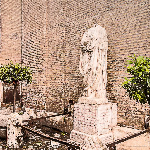 Statue koje govore – Opat Luiđi (Abate Luigi)