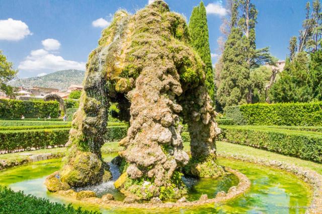 Vila d'Este u Tivoliju - Fontana Meta Sudans
