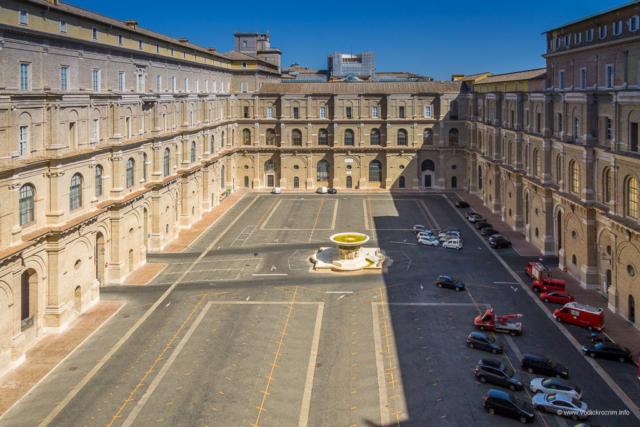 Vatikanski muzej - unutrašnje dvorište