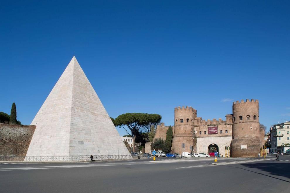 Cestijeva piramida - duh Egipta u Rimu