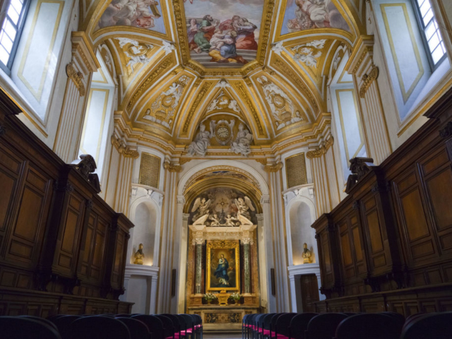 Trg Navona - Unutrašnjost crkve Sant'Agnese in Agone (foto: Roma Opera Omnia)