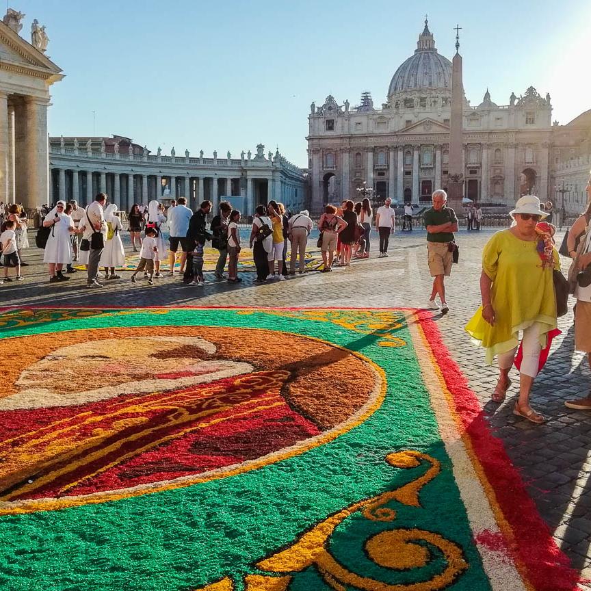 Dan zaštitnika Rima – 29. jun u znaku cvetnih tepiha i vatrometa (San Pietro e Paolo)
