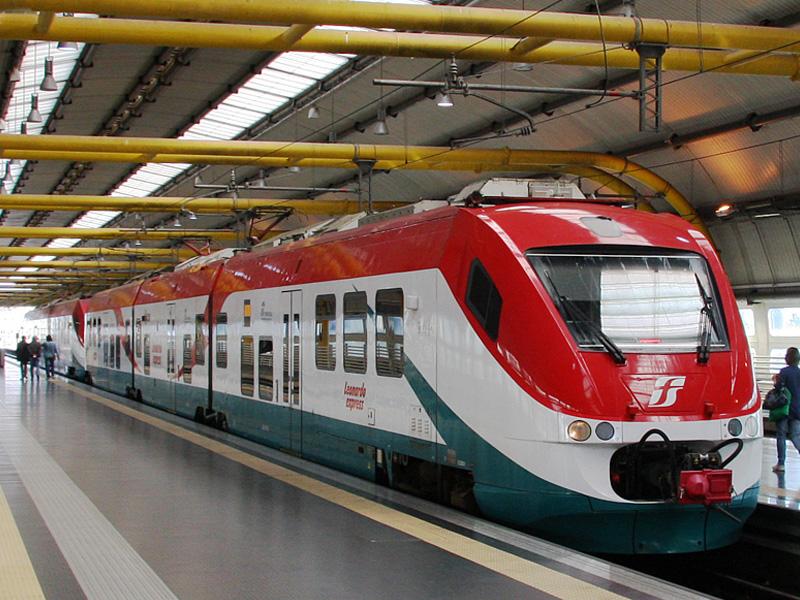 Voz-Leonardo-Express-aerodrom-rim