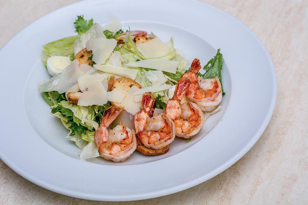 Cezarova salata (Caesar salad)