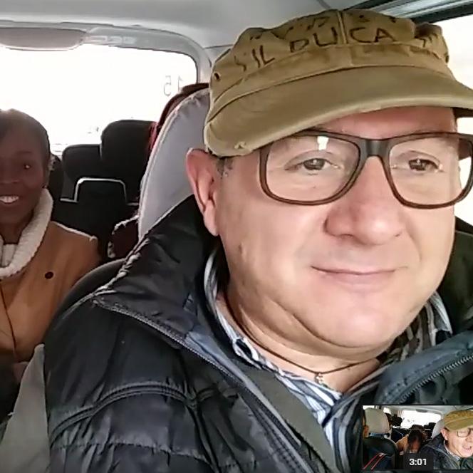 Kad turisti pevaju – novi karaoke program jednog rimskog taksiste
